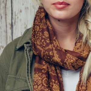 Chic Magnolia Brown Organic Cotton Scarf
