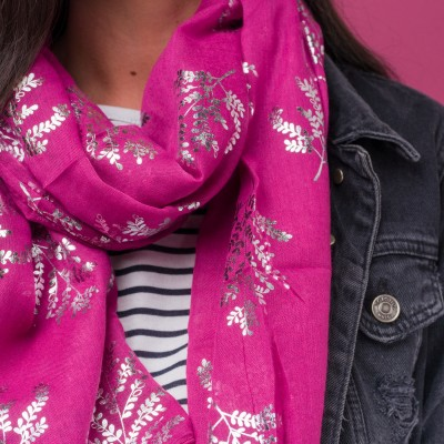 Ferrn Pink Foil Scarf. Free Postage And Gift Wrapping All For £10.99